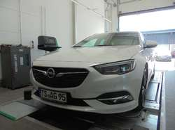 Opel Insignia Ultimate 4x4 ST Leder HeadUp Standheizung 20 Zoll (0035/BKV)