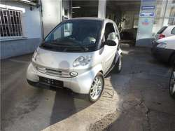 smart forTwo coupe edition silverpulse Brabus  Ausstattung (9891/001)